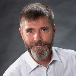 Portrait von Dr. Jörn Glökler